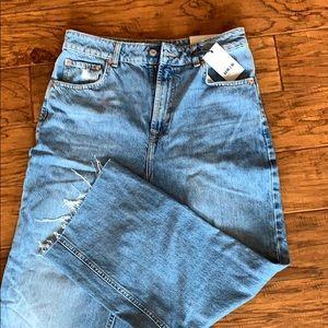 Moto crop boyfriend fit jeans. NWT